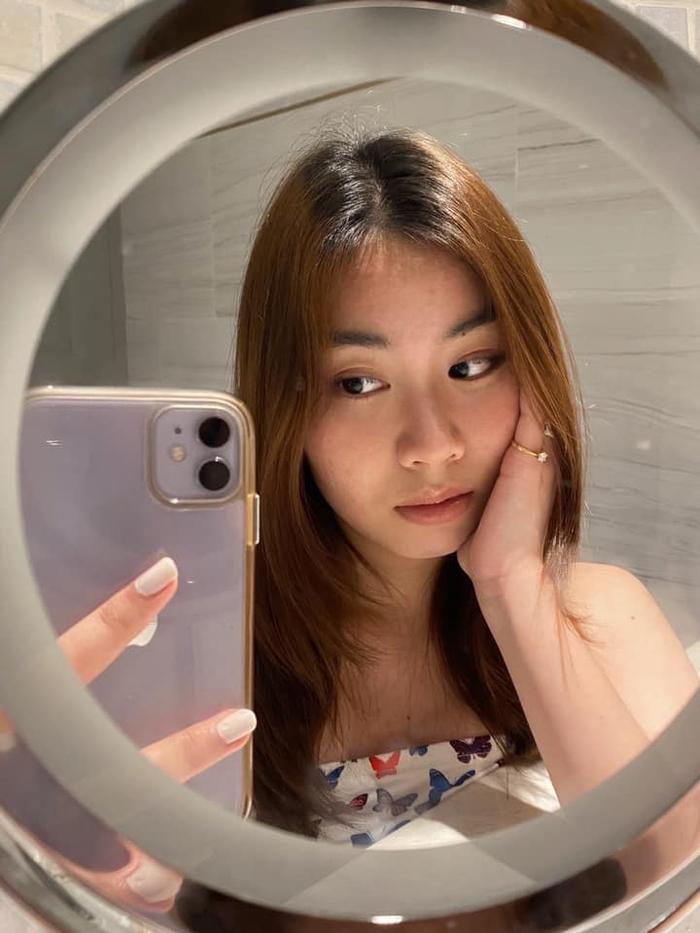 Kiatisak khoe nhan sắc con gái sinh nhật tuổi 18, gửi lời chúc chuẩn 'ông bố của gia đình' Ảnh 7
