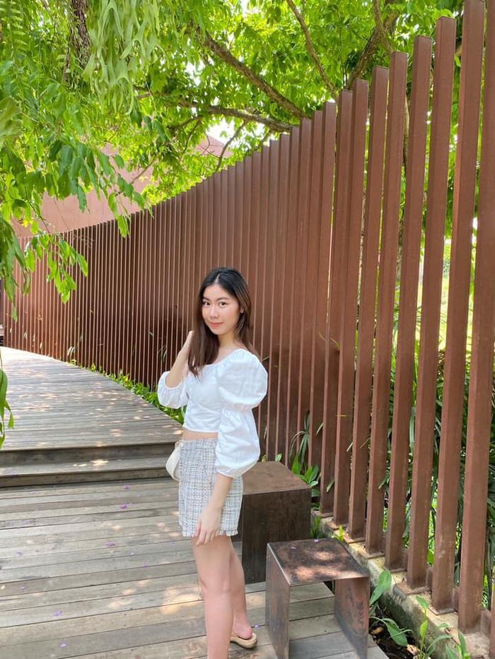 Kiatisak khoe nhan sắc con gái sinh nhật tuổi 18, gửi lời chúc chuẩn 'ông bố của gia đình' Ảnh 6