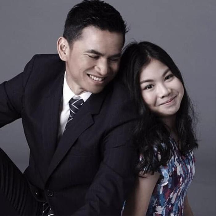 Kiatisak khoe nhan sắc con gái sinh nhật tuổi 18, gửi lời chúc chuẩn 'ông bố của gia đình' Ảnh 8