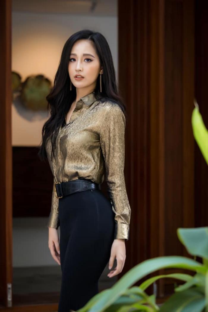 Hoa hậu Mai Phương Thúy up ảnh thời 'trẻ trâu' mặc áo rộng, đội mũ snapback Ảnh 5