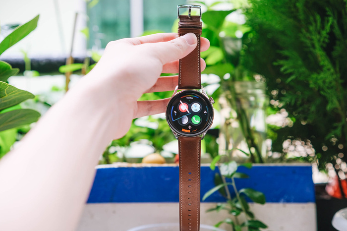 'Đập hộp' và trải nghiệm nhanh Huawei Watch 3: Thiết kế bóng bẩy, nhiều tính năng hay ho Ảnh 4