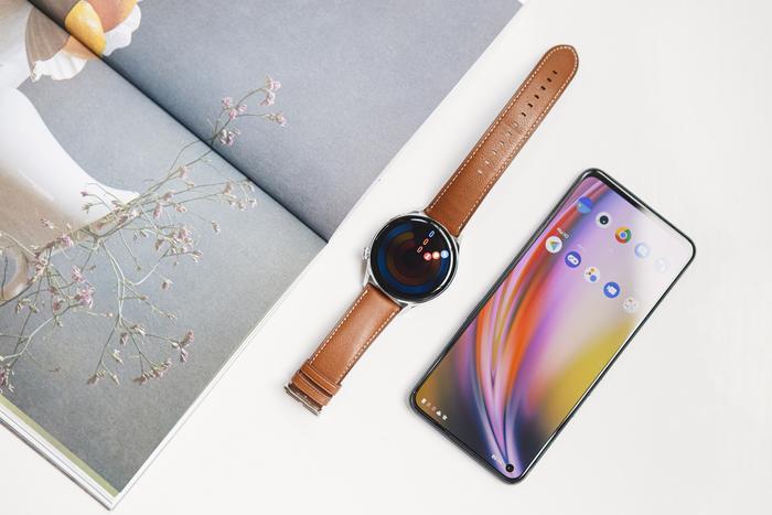 'Đập hộp' và trải nghiệm nhanh Huawei Watch 3: Thiết kế bóng bẩy, nhiều tính năng hay ho Ảnh 10