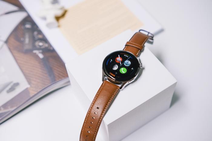 'Đập hộp' và trải nghiệm nhanh Huawei Watch 3: Thiết kế bóng bẩy, nhiều tính năng hay ho Ảnh 5
