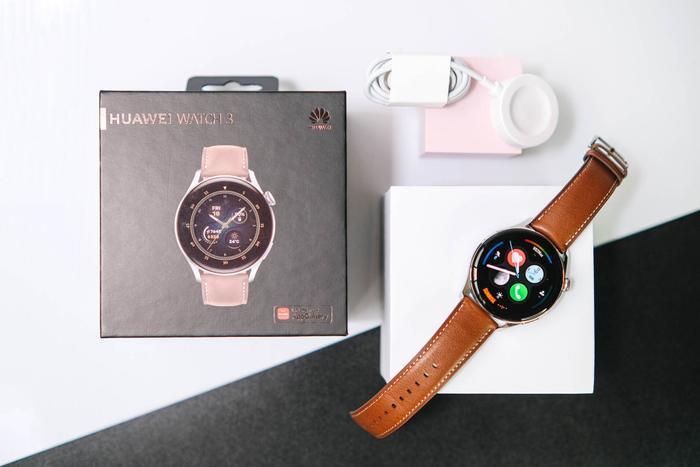 'Đập hộp' và trải nghiệm nhanh Huawei Watch 3: Thiết kế bóng bẩy, nhiều tính năng hay ho Ảnh 2