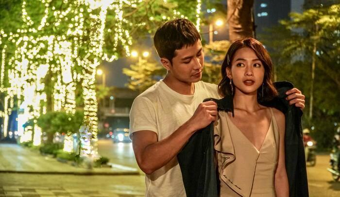 Trailer '11 tháng 5 ngày': Thanh Sơn 'cà khịa' Khả Ngân quảng cáo và đời thật khác xa nhau Ảnh 3