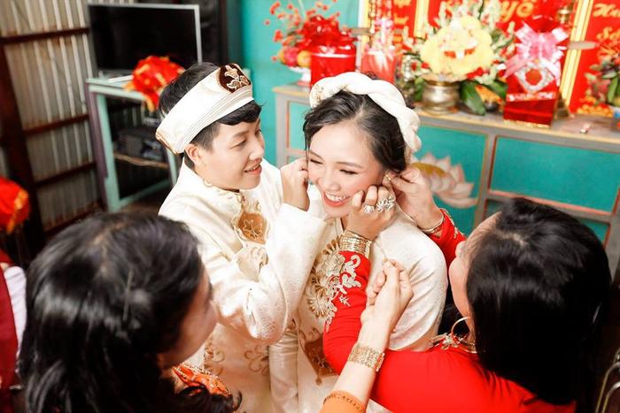 Kỉ niệm 2 năm ngày cưới, Tú Tri tố chồng 'nổ', Yunbin gọi vợ bằng tên 'khó đỡ' Ảnh 4