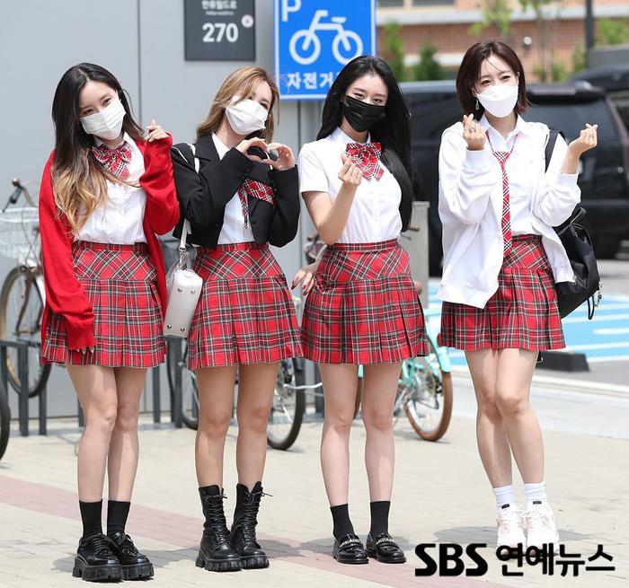 Động thái mới của Jiyeon (T-ARA) làm rộ nghi vấn 'chị em cùng nhóm' bất hòa, đường ai nấy đi? Ảnh 2