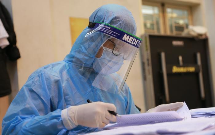 Sáng 22/7: Hà Nội ghi nhận 17 trường hợp dương tính với SARS-CoV-2 tại 9 quận, huyện Ảnh 1