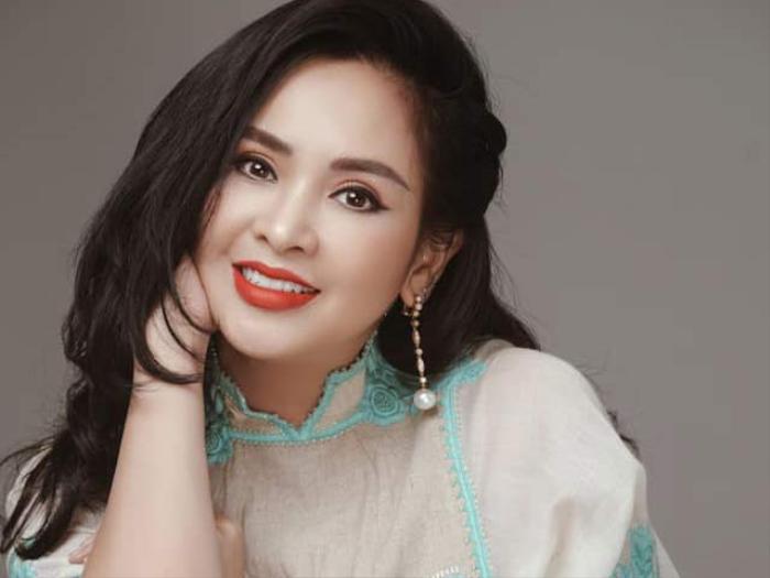 Diva Thanh Lam bức xúc vì bị 'chì chiết' do khoe đã được tiêm 2 mũi vắc-xin, phủ nhận việc được ưu ái Ảnh 1