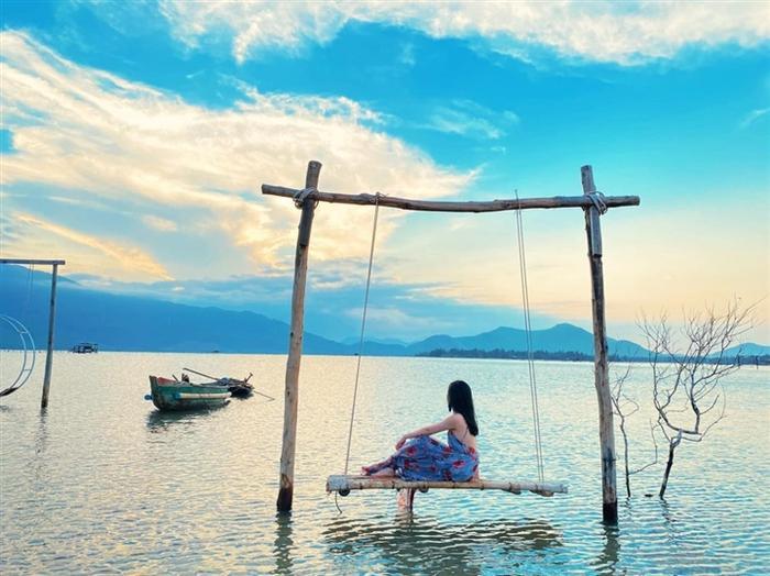 'Nàng thơ xứ Huế' đẹp mơ màng dưới mọi góc ảnh, sau dịch phải đến ngay xả stress Ảnh 10