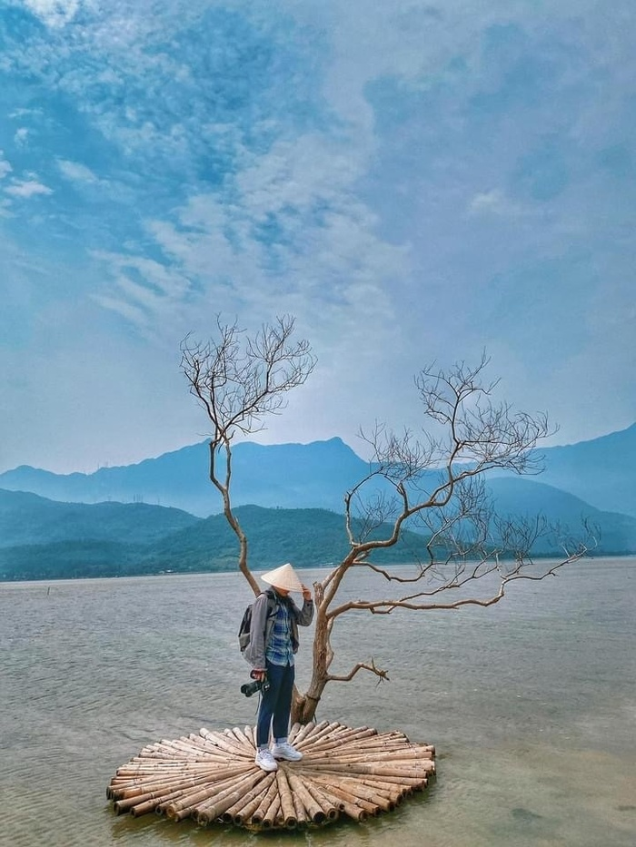 'Nàng thơ xứ Huế' đẹp mơ màng dưới mọi góc ảnh, sau dịch phải đến ngay xả stress Ảnh 9