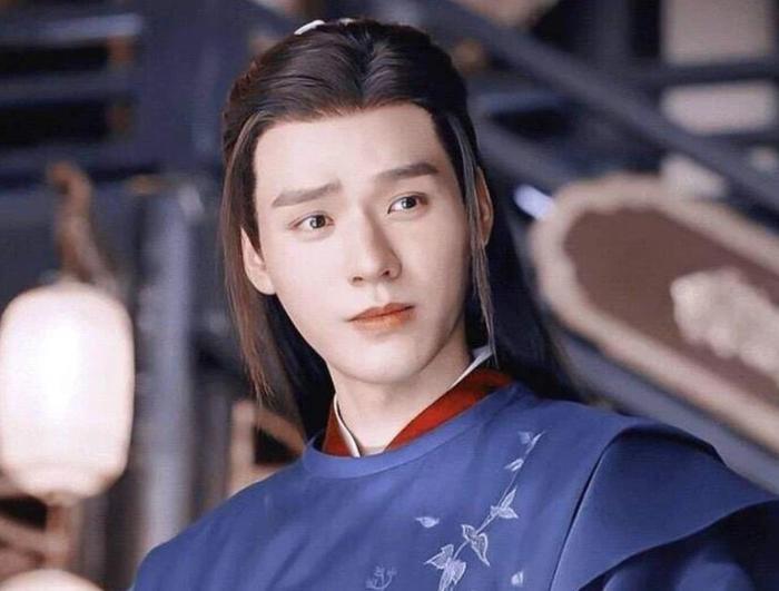 Trước tin đồn là 'hoa đã có chậu' Cung Tuấn và Trương Triết Hạn phản hồi ra sao?
