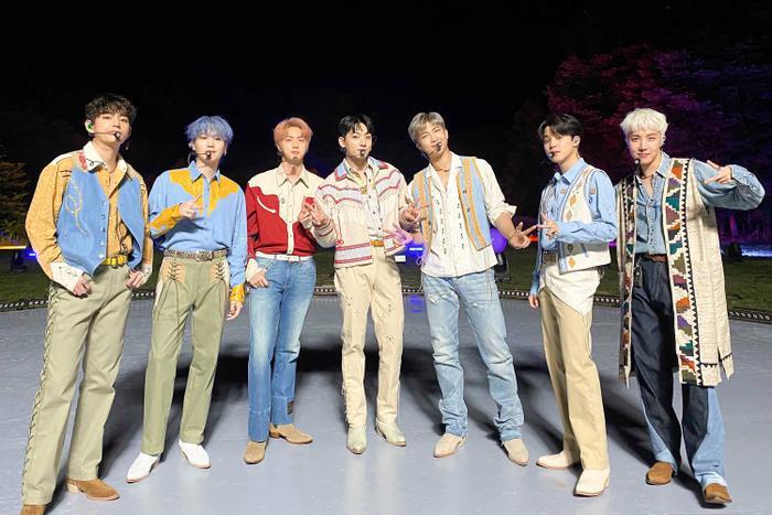 BXH thương hiệu ca sĩ Kpop tháng 7/2021: BTS không thay đổi, aespa tiếp tục bùng nổ