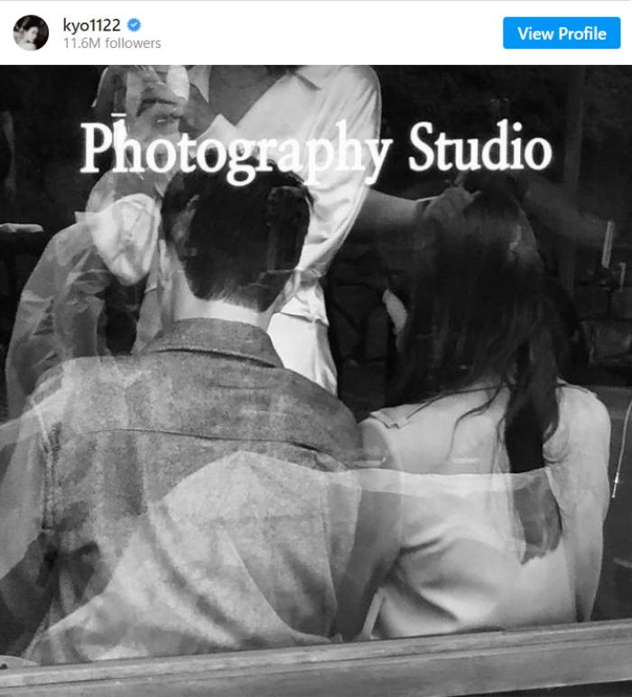 Song Hye Kyo 'tình bể bình' với Jang Ki Yong trong ảnh hậu trường quay phim mới
