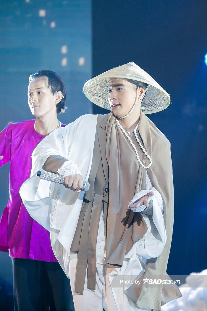 Quân AP hóa 'ông bụt', Thanh Duy đem con rối lên sân khấu 'càn quét' The Heroes Ảnh 6