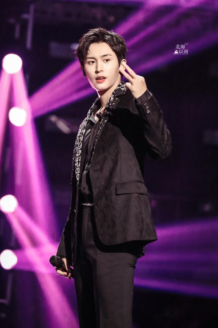 Trương Triết Hạn tổ chức concert vào Thất Tịch: Dành cho bạn gái 'tin đồn' hay Cung Tuấn?