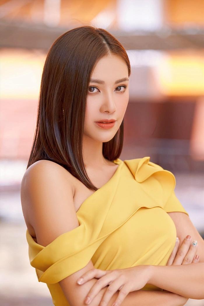 Fan gợi ý layout chuẩn Miss Universe cho Kim Duyên, e-kip không cần tìm tới tìm lui làm gì cho mệt Ảnh 6