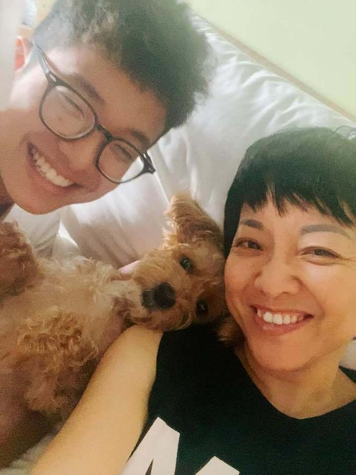 Con trai MC Thảo Vân ủng hộ mẹ đi bước nữa, vợ mới Công Lý bình luận điểm giống nhau của 2 bố con Ảnh 2