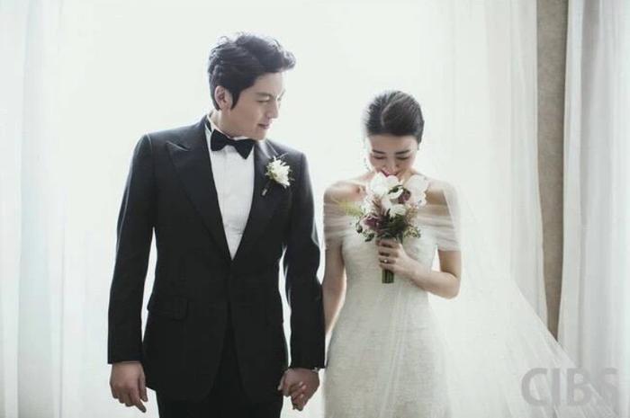 Những nam diễn viên Kbiz được mệnh danh là người chồng quốc dân: Ji Sung gần như hoàn hảo