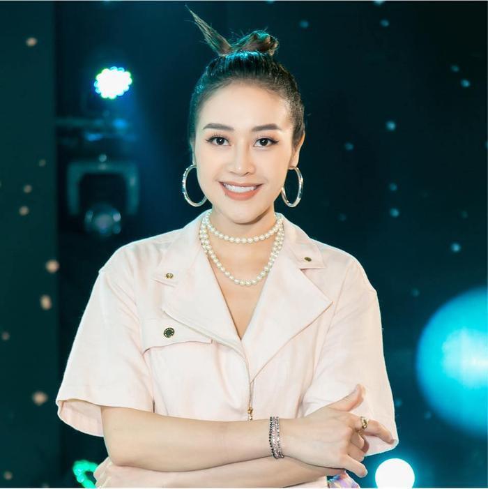MC Phí Linh và Master Hà Lê 'lọt' top đề cử tại VTV Awards 2021 Ảnh 1