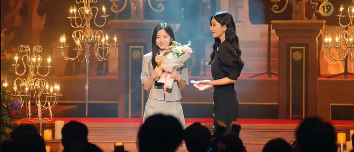'Penthouse 3' tập 8: Su Ryeon và Logan trao nhau nụ hôn nồng cháy sau những tháng ngày chia xa Ảnh 10