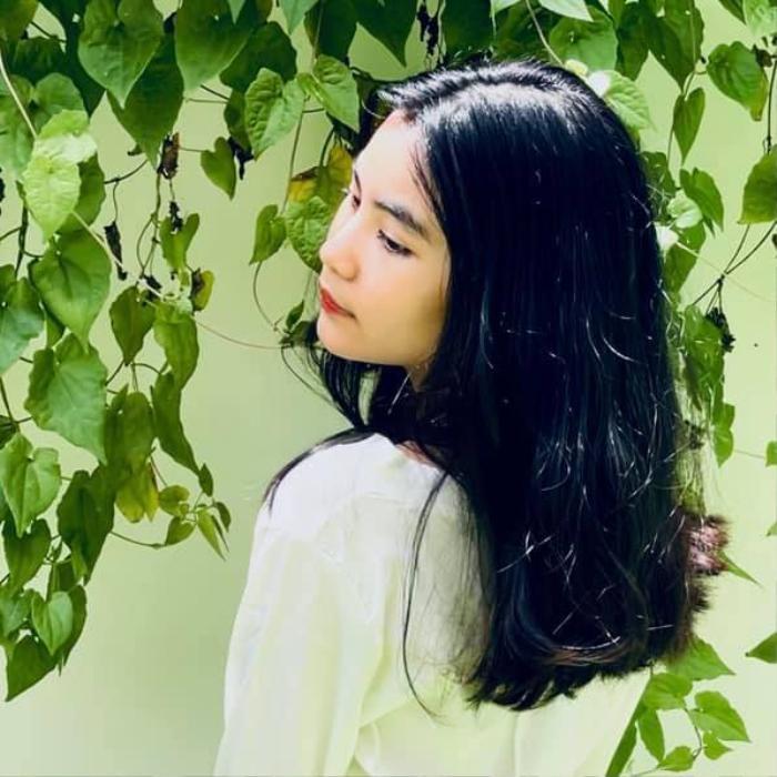 Con gái út nhà Quyền Linh 'gây sốt' với nhan sắc xinh đẹp như búp bê ở tuổi 13 Ảnh 4
