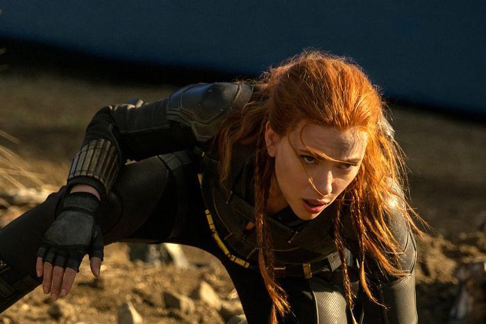 Disney dính liên hoàn phốt: Đến lượt chủ tịch Marvel và 'ác nữ trộm chó' Emma Stone lên tiếng chỉ trích
