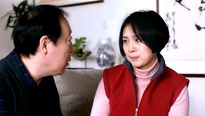 Bố kiên quyết muốn cưới cô giúp việc nhưng con trai kịch liệt phản đối, bức di thư hé lộ sự thật đau lòng
