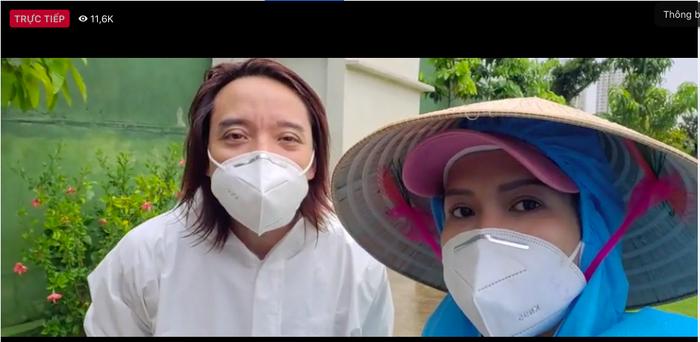 Chồng đội mưa làm từ thiện, Việt Hương xót xa: Ở Mỹ làm thầy giáo ngon lành, giờ khuân vác thấy thương Ảnh 5