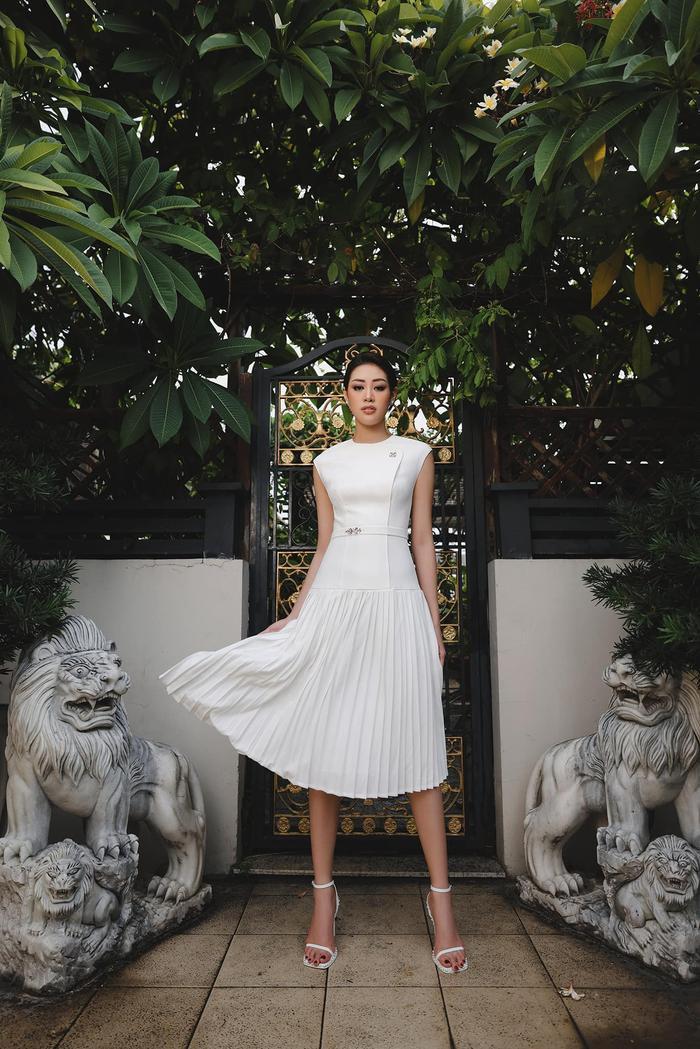 Hoa hậu Khánh Vân thương nhớ Sài Gòn giữa ngày dịch: Thành phố sẽ sớm khỏe lại thôi! Ảnh 4