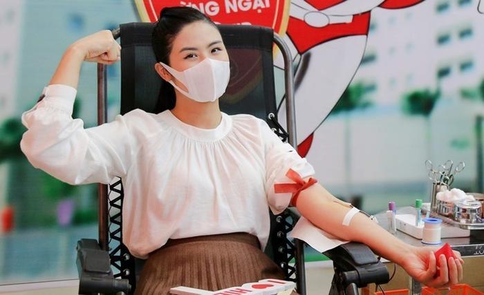 Dàn Hoa hậu - Á hậu đi hiến máu, nghĩa cử cao đẹp khiến fan xúc động Ảnh 6