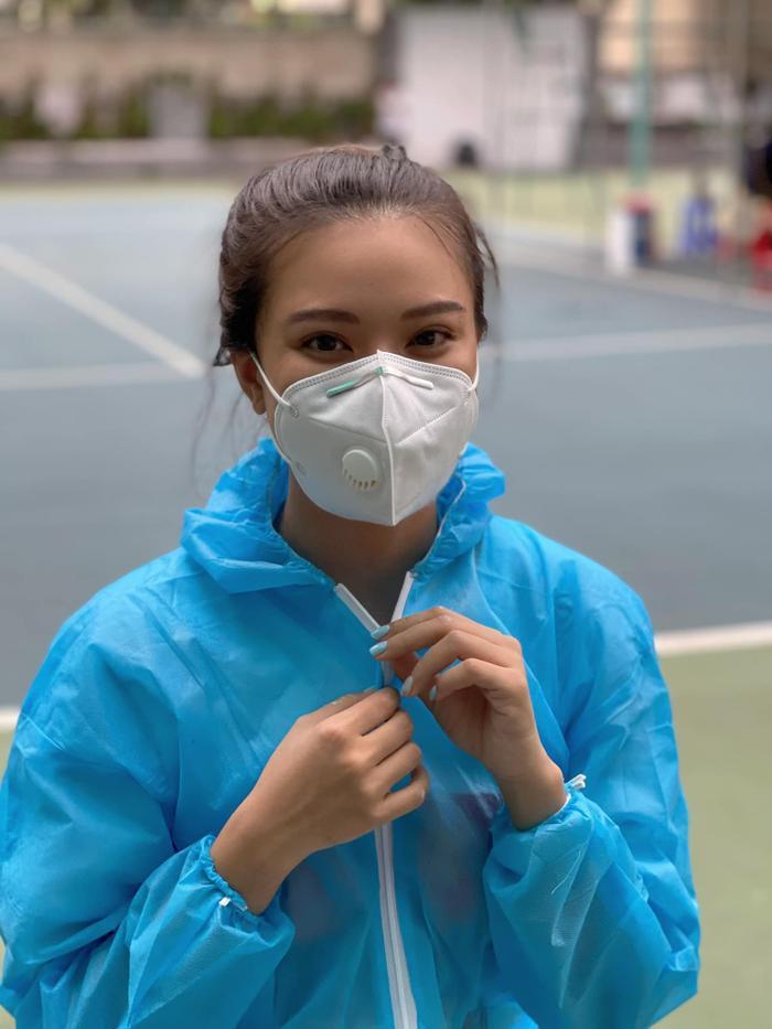 Dàn Hoa hậu Việt 'xả vai' đi từ thiện giữa mùa dịch, đến fan quốc tế cũng tấm tắc Ảnh 15