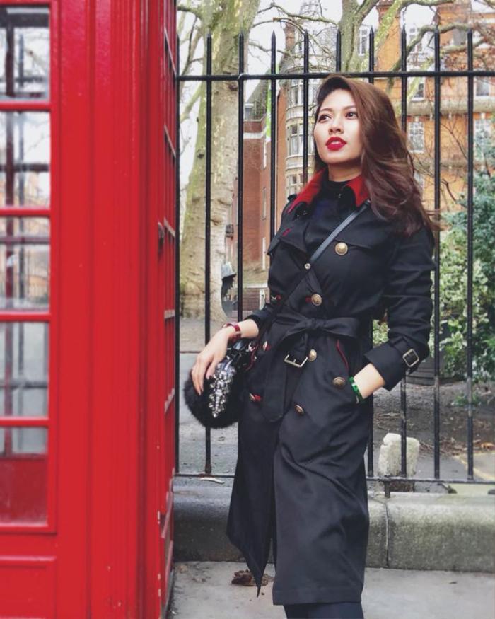 'Lật profile' BTV Ngọc Trinh, người đẹp bán đồng hồ 900 triệu quyên góp chống dịch: Vừa đẹp, vừa giỏi!