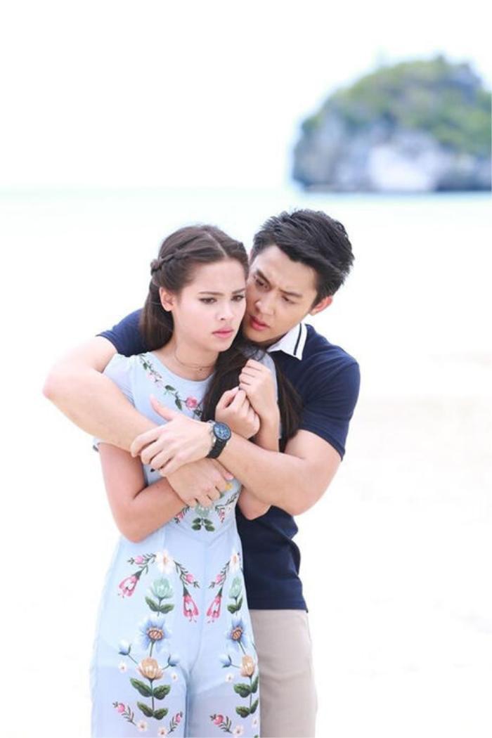 Cặp đôi Mark Prin và Yaya Urassaya yêu lại từ đầu sau 4 năm trong bộ phim ngược luyến tàn tâm?