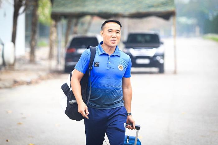 Hà Nội FC bất ngờ chia tay hai công thần Ảnh 1