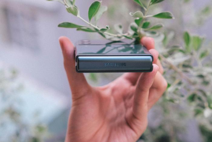 Trên tay Samsung Galaxy Z Fold3 5G và Z Flip3 5G: Ấn tượng từ thiết kế đến cấu hình! Ảnh 13