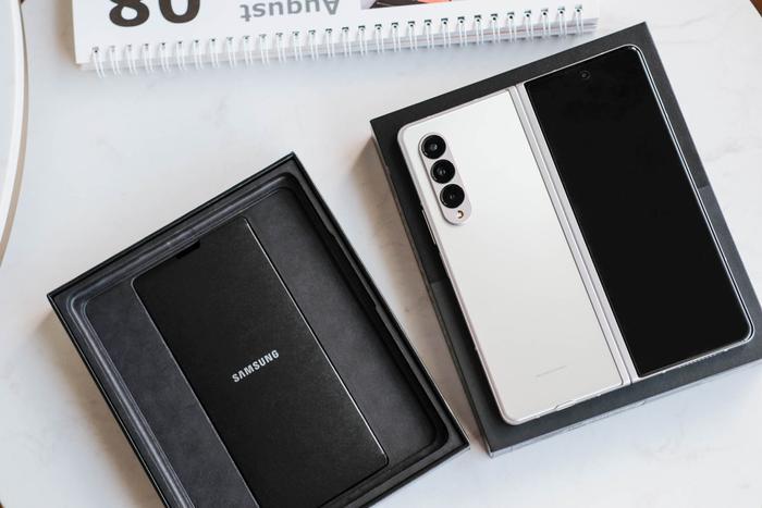Trên tay Samsung Galaxy Z Fold3 5G và Z Flip3 5G: Ấn tượng từ thiết kế đến cấu hình! Ảnh 2
