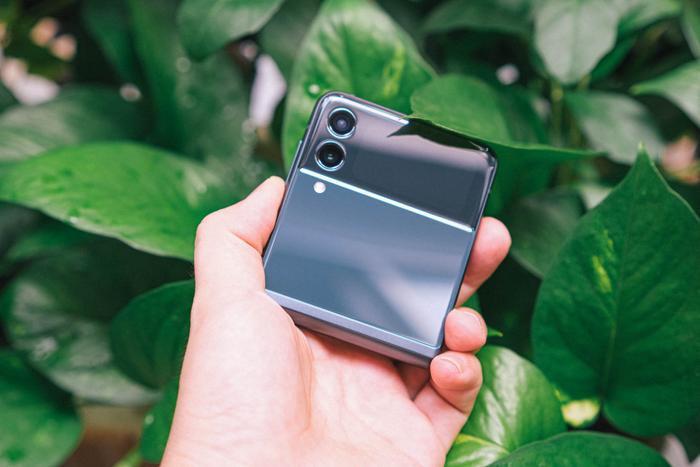 Trên tay Samsung Galaxy Z Fold3 5G và Z Flip3 5G: Ấn tượng từ thiết kế đến cấu hình! Ảnh 15