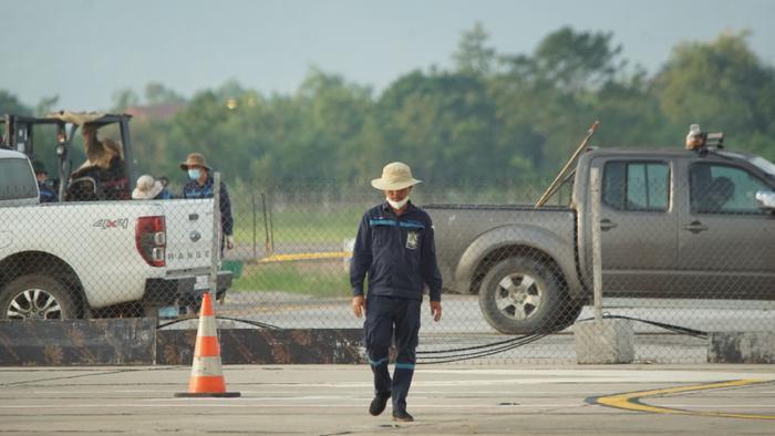 Ảnh: Hàng loạt máy bay 'nằm la liệt' tại sân bay Nội Bài do ảnh hưởng của dịch Covid-19