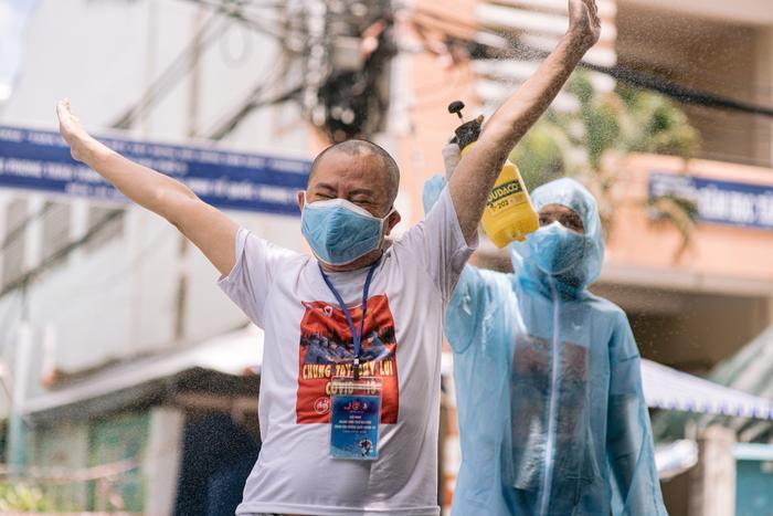Từ sáng tác của Lê Minh (MTV), dàn nghệ sĩ cùng hợp lực thực hiện dự án âm nhạc an ủi tâm hồn mùa dịch Ảnh 4