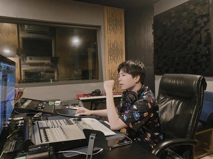 Trịnh Thăng Bình ngẫu hứng với trào lưu cover nhạc Hoa Ảnh 5
