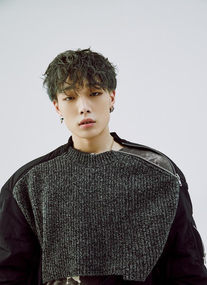 Bìa album của Bobby (iKON) sao chép sản phẩm của nghệ sĩ nước ngoài?