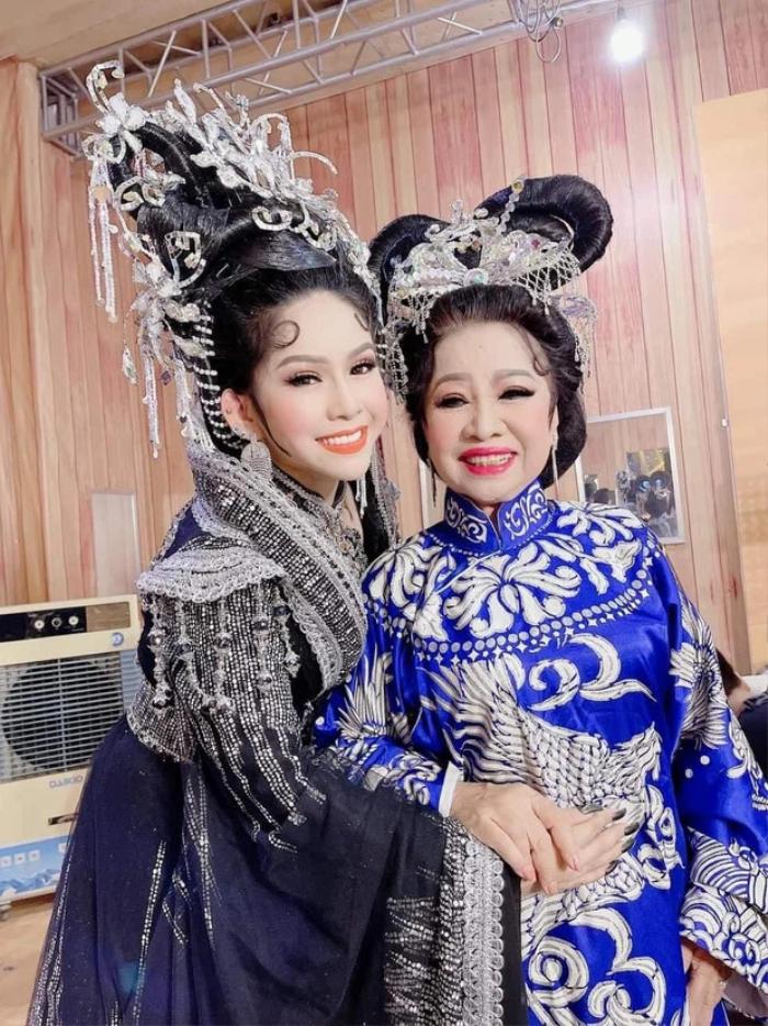 Sao Việt gửi lời động viên nghệ sĩ cải lương Bình Tinh sau biến cố mất 3 người thân vì Covid-19 Ảnh 6