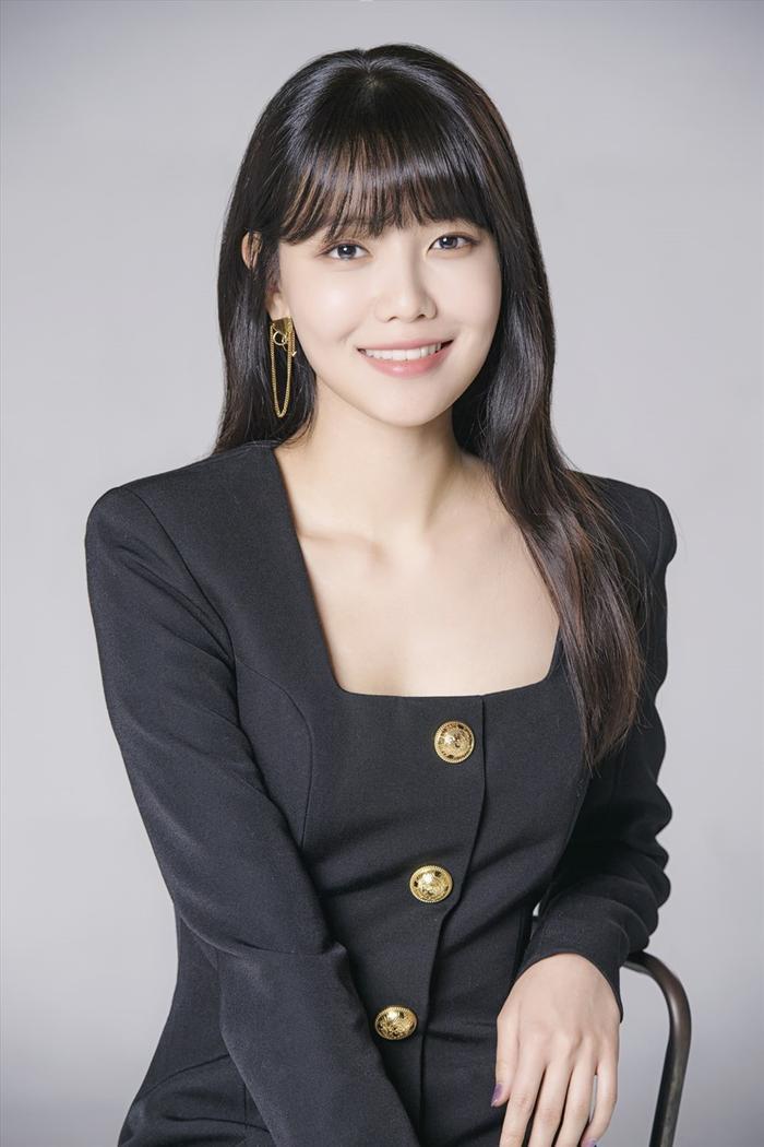 Sooyoung (SNSD): 'Taeyeon và Tiffany không nên ra mắt cùng chúng tôi'
