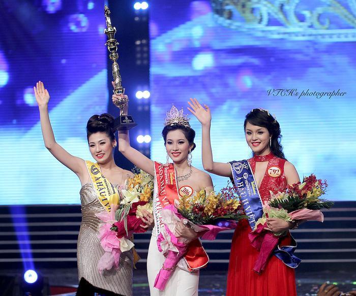 Mẹ ruột Á hậu Tú Anh tiết lộ quá khứ thi Hoa hậu đầy nước mắt của con gái Ảnh 5