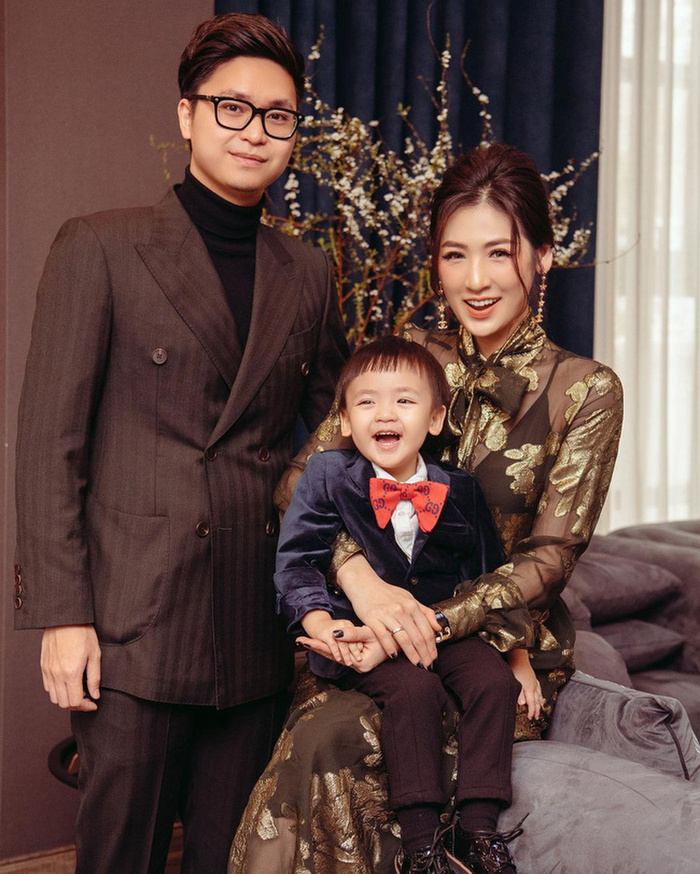 Mẹ ruột Á hậu Tú Anh tiết lộ quá khứ thi Hoa hậu đầy nước mắt của con gái Ảnh 7
