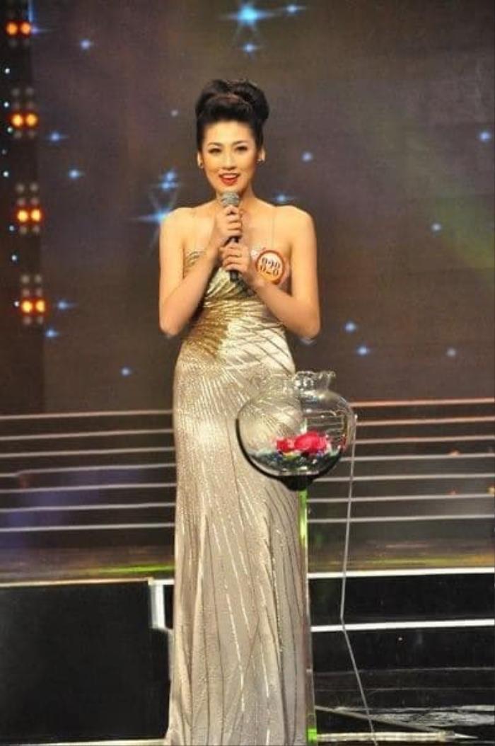 Mẹ ruột Á hậu Tú Anh tiết lộ quá khứ thi Hoa hậu đầy nước mắt của con gái Ảnh 3