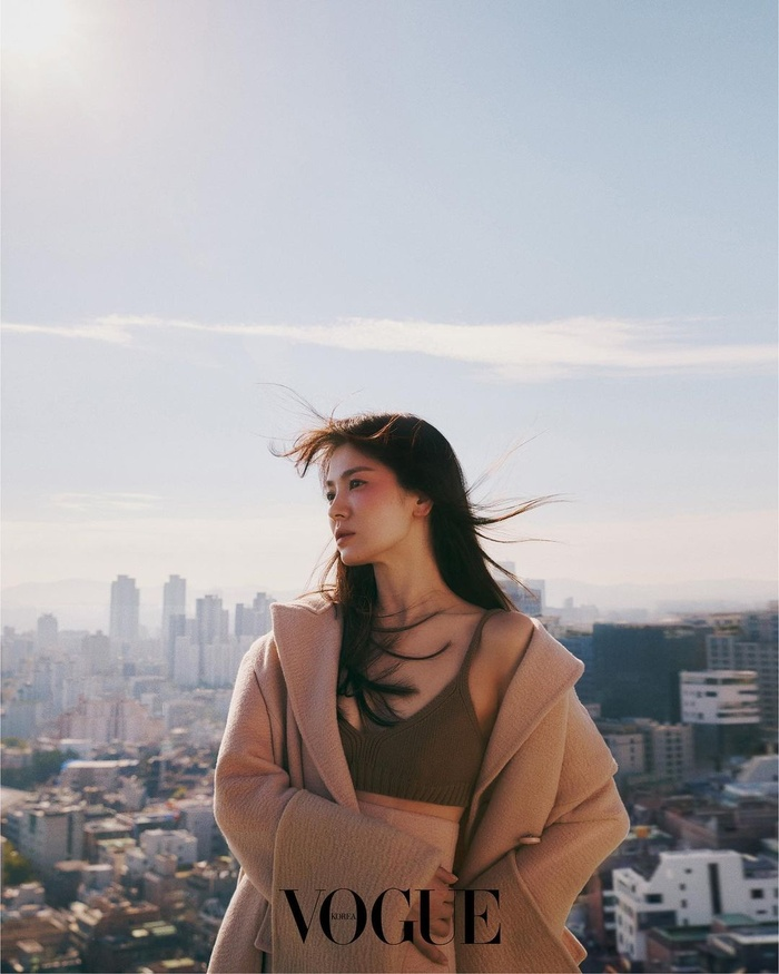 Fan dậy sóng tiếc nuối loạt ảnh bị loại bỏ của Song Hye Kyo trên tạp chí thời trang danh tiếng Ảnh 4