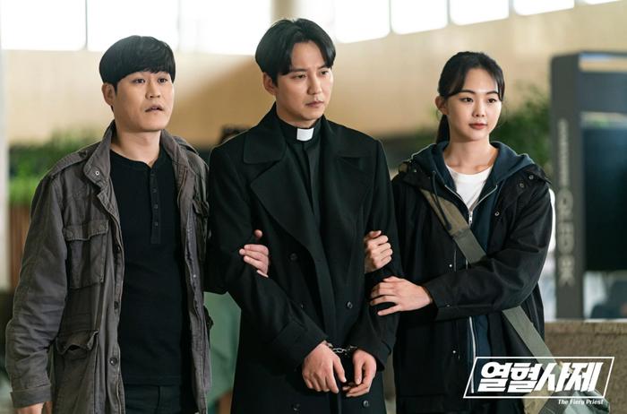 Cười ra nước mắt với list phim Hàn hài hước nhất (P1): 'Prison Playbook' xứng đáng làm quán quân