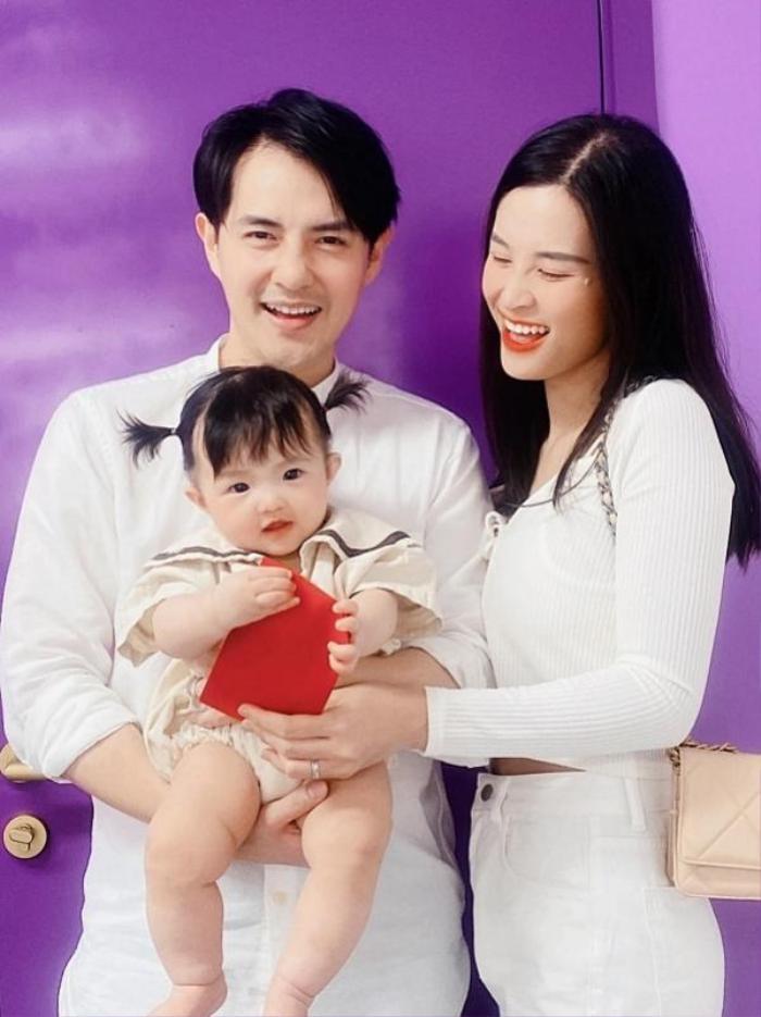 Được hỏi bao giờ comeback, Đông Nhi có câu trả lời đúng chuẩn mẹ bỉm sữa khiến fan bật ngửa